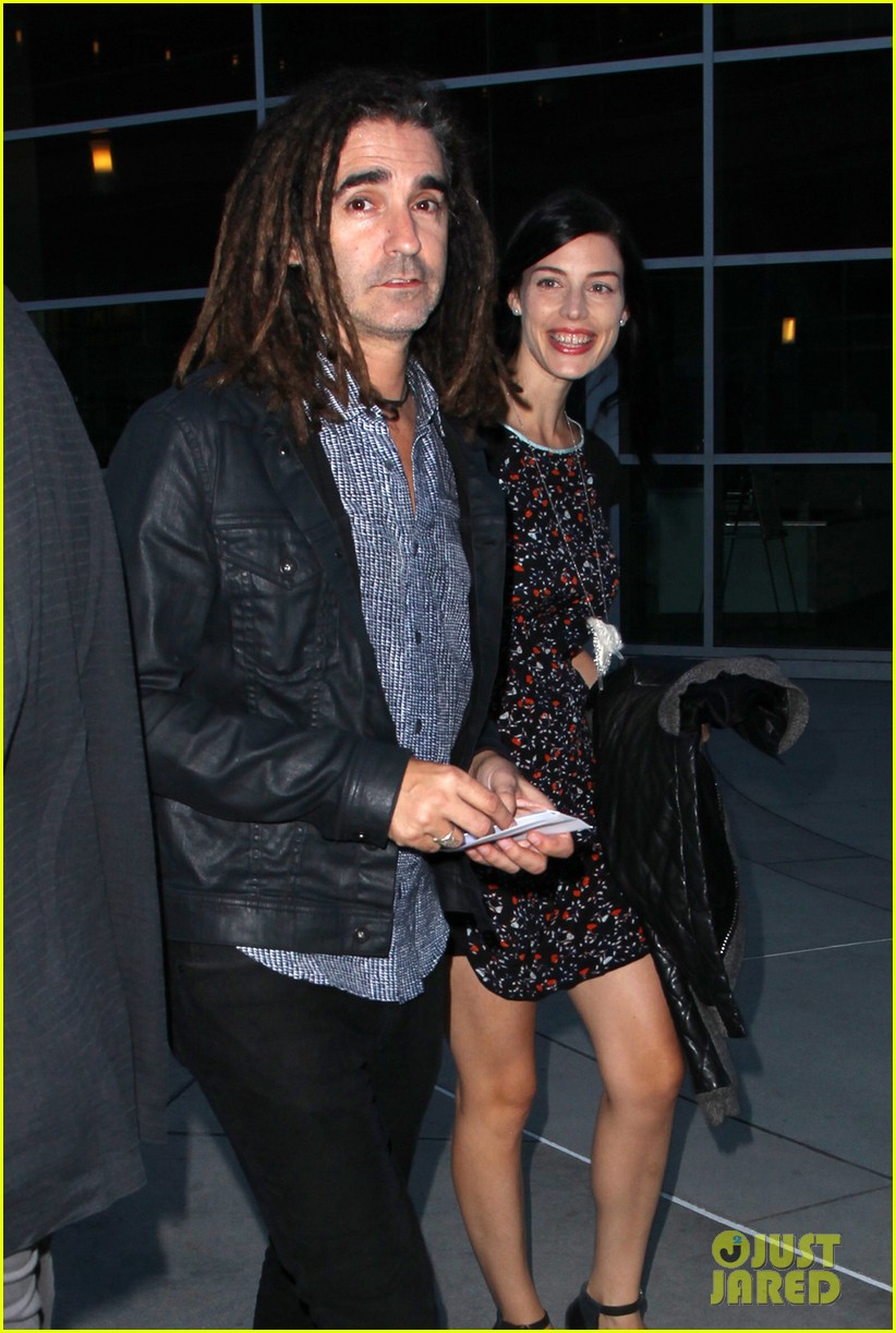 jessica pare supports mad mens matthew weiner at are you here premiere 063179527