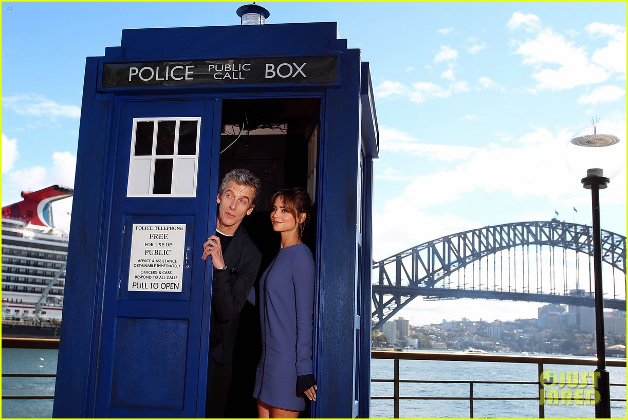 jenna coleman tardis sydney doctor who tour 043175483