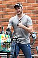 chris pratt steps out after guardians of the galaxys amazing box office weekend 02