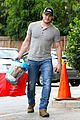 chris pratt steps out after guardians of the galaxys amazing box office weekend 06