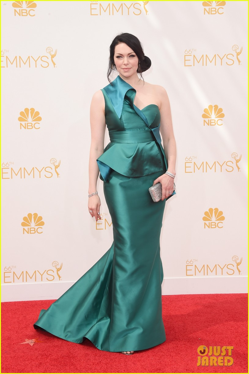 laura prepon orange is the new black cast emmys 2014 08