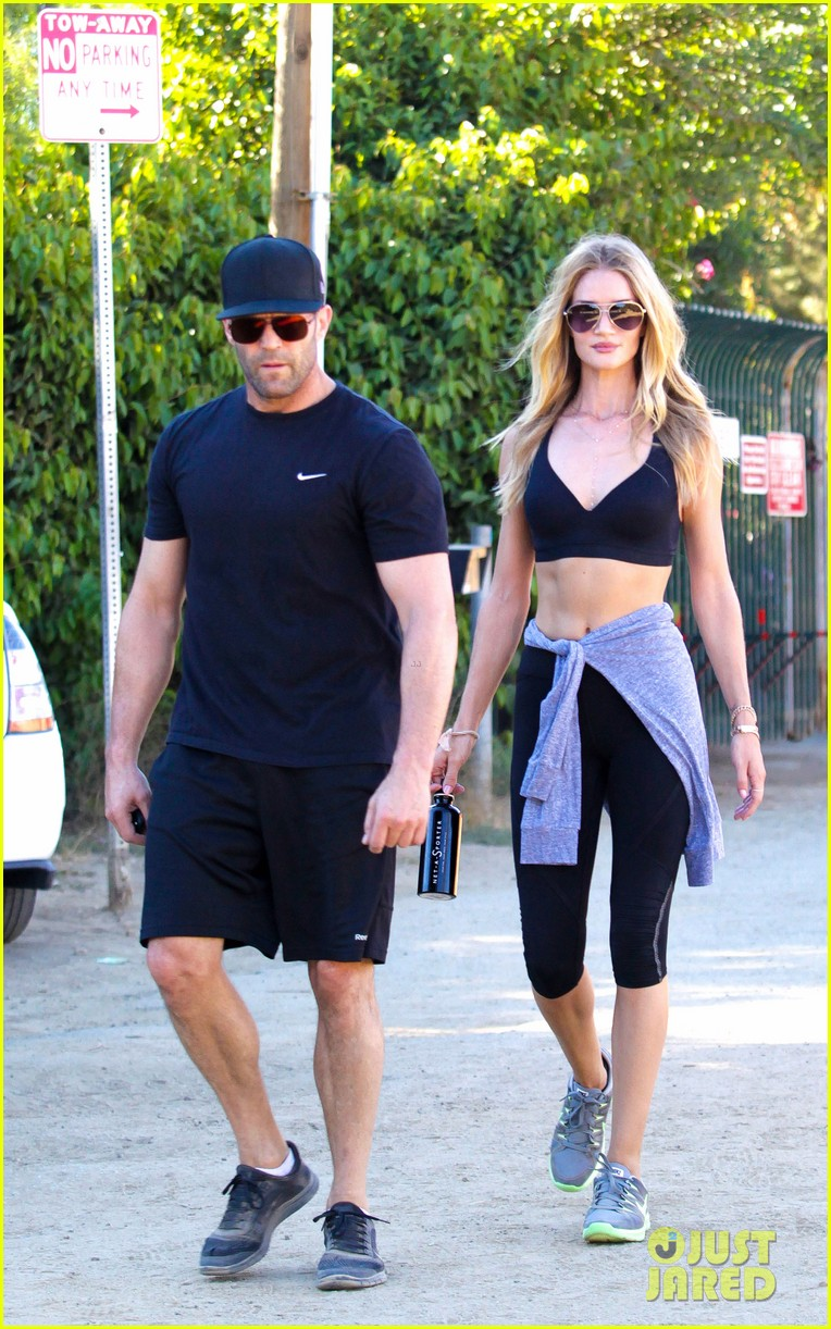 rosie huntington whiteley wears plunging dress to dinner with jason statham 083178338