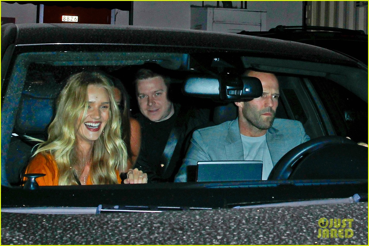 rosie huntington whiteley wears plunging dress to dinner with jason statham 103178340