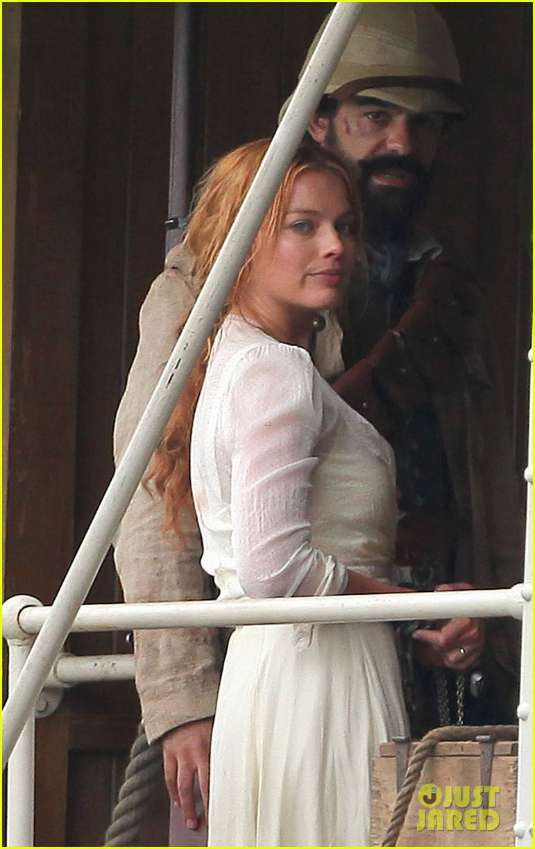 margot robbie begins filming tarzan with christoph waltz casper crump 013185974