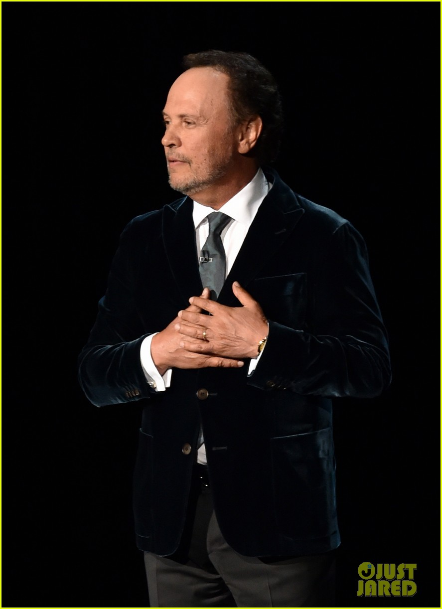 robin williams emmys tribute from billy crystal 033183829