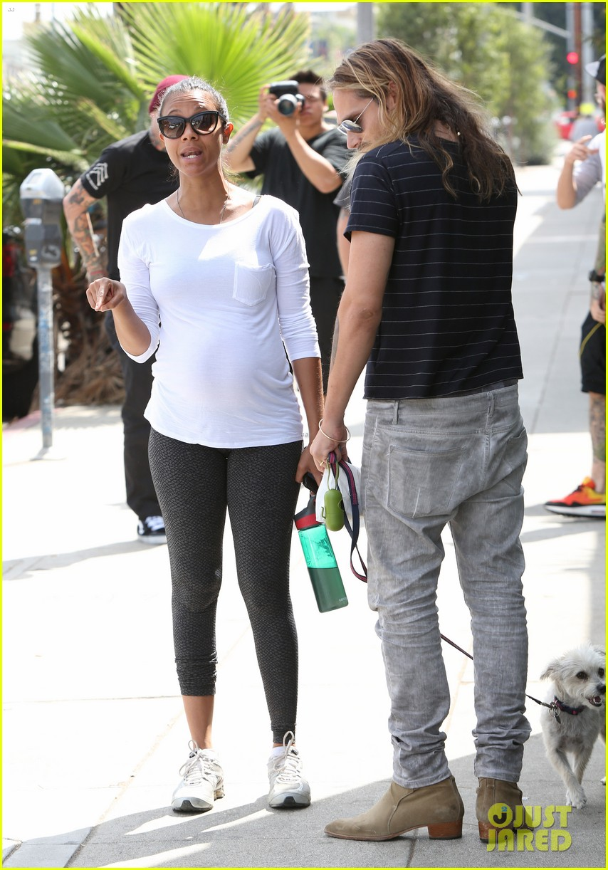 zoe saldana preps for baby at moms the word 03