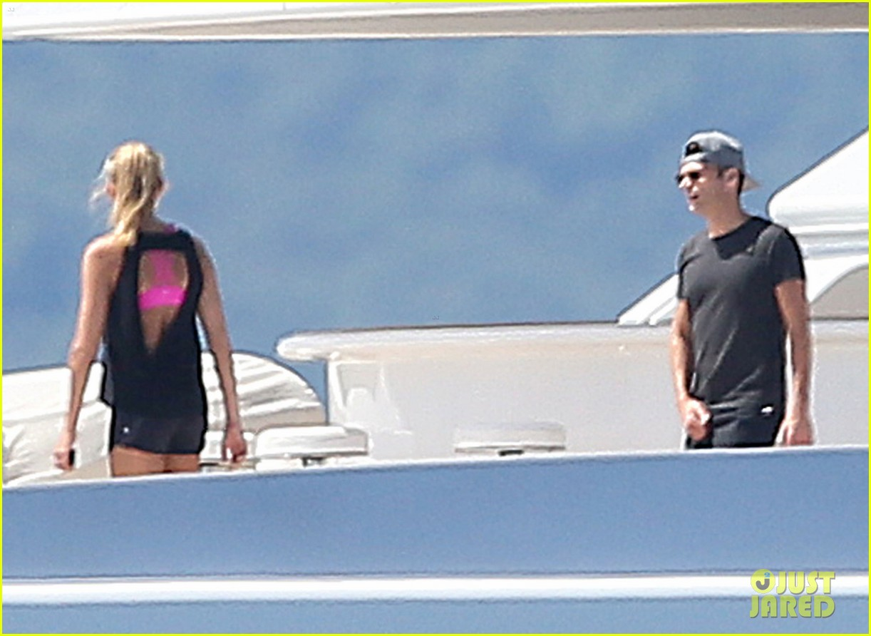 ryan seacrest shirtless yacht girlfriend shayna taylor bikini 193180450