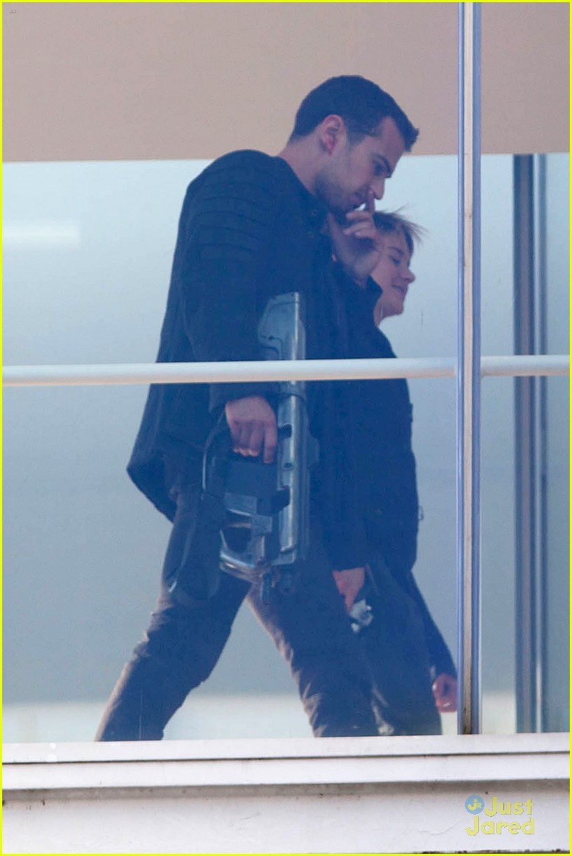 shailene woodley theo james insurgent set filming 123184141