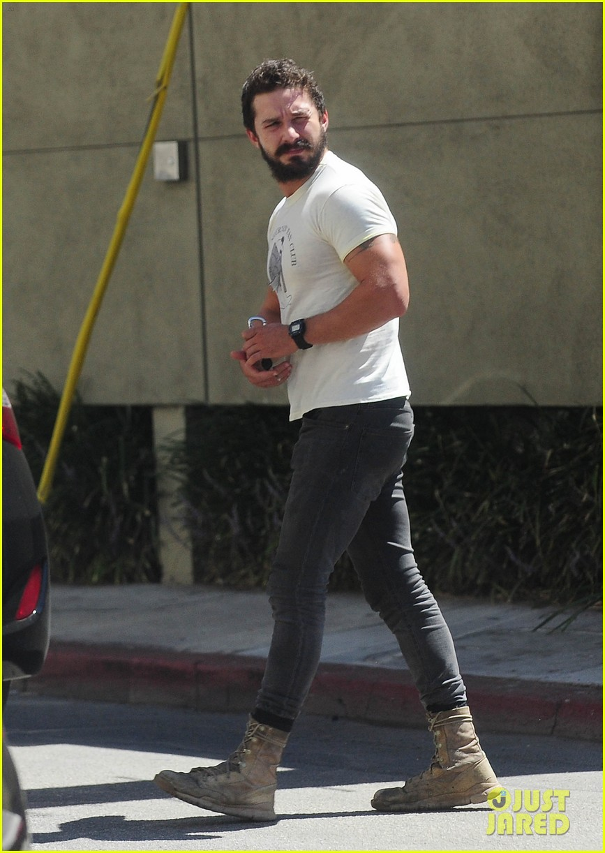 shia labeouf bicep sure looking big 023186146
