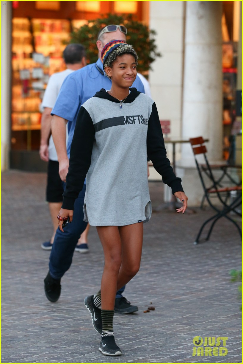 willow smith reps jadens clothing line 153186223