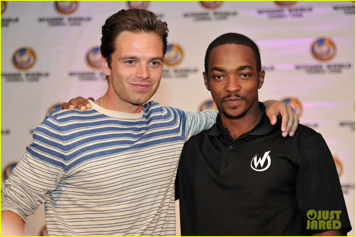 sebastian stan anthony mackie attend wizard world chicago comic con 013182820