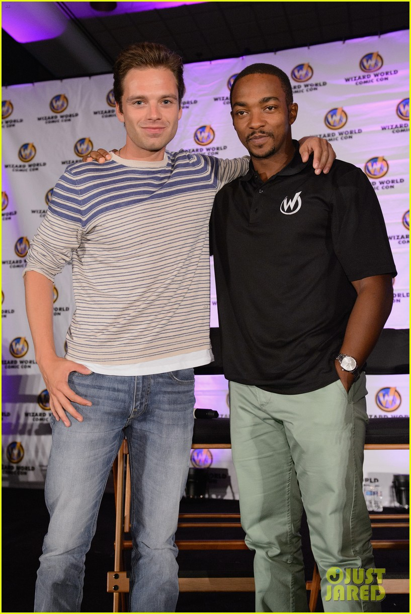 sebastian stan anthony mackie attend wizard world chicago comic con 023182821