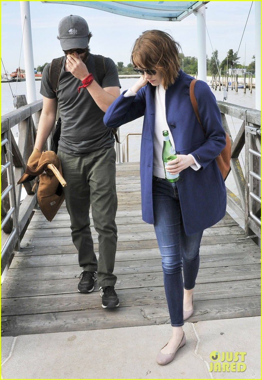 emma stone andrew garfield leave venice after film festival 033187265