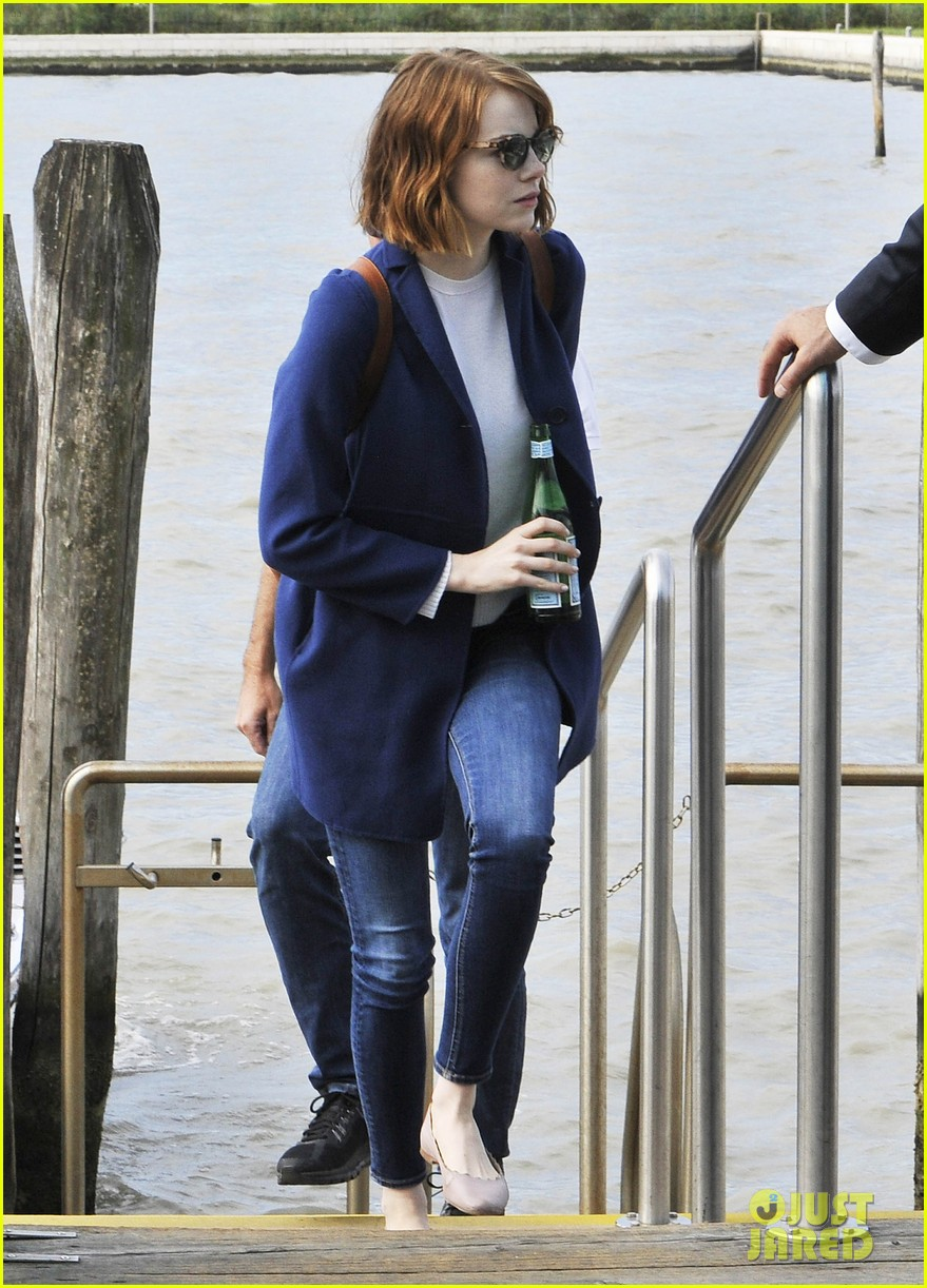 emma stone andrew garfield leave venice after film festival 053187267