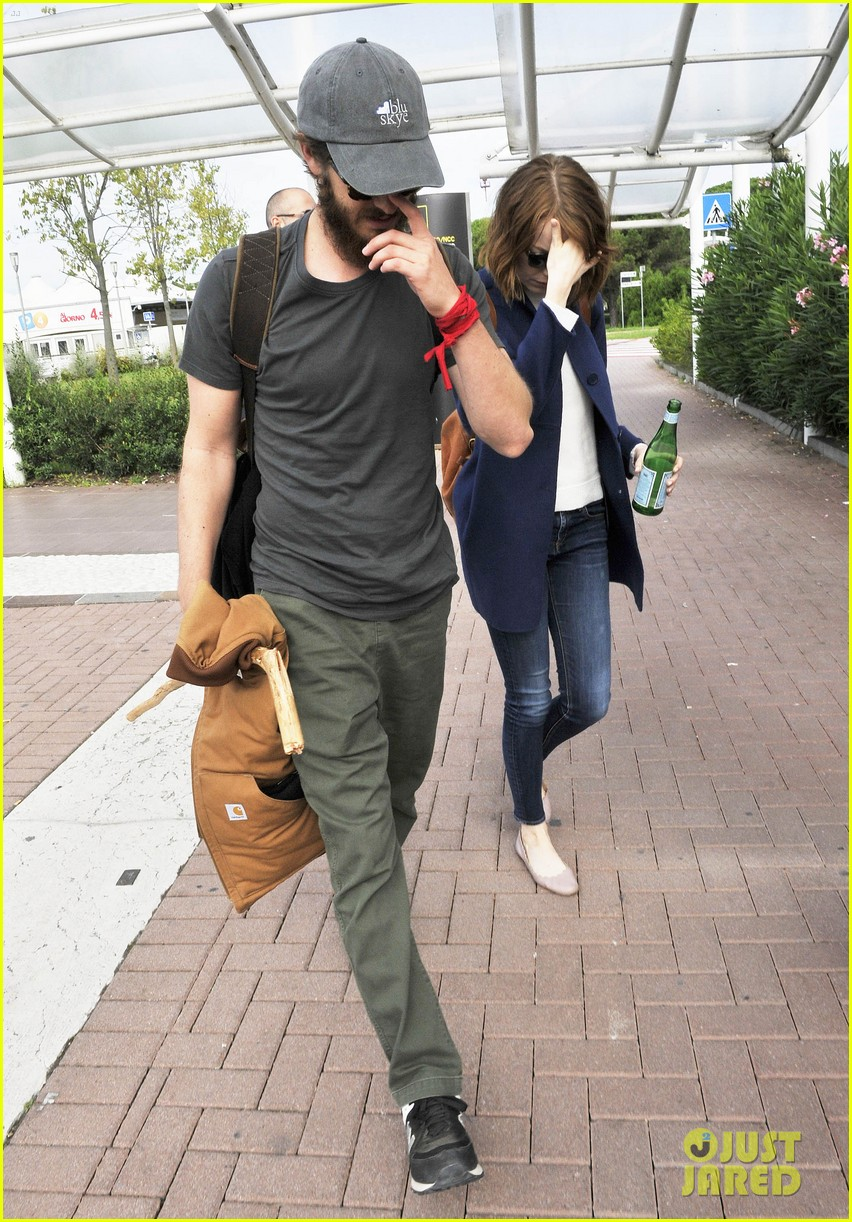 emma stone andrew garfield leave venice after film festival 103187272