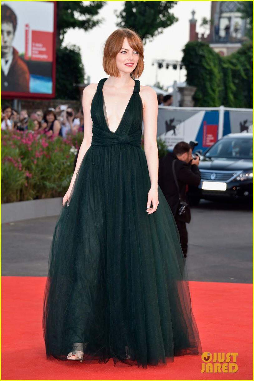 emma stone low cut dress for birdman venice premiere 033184843