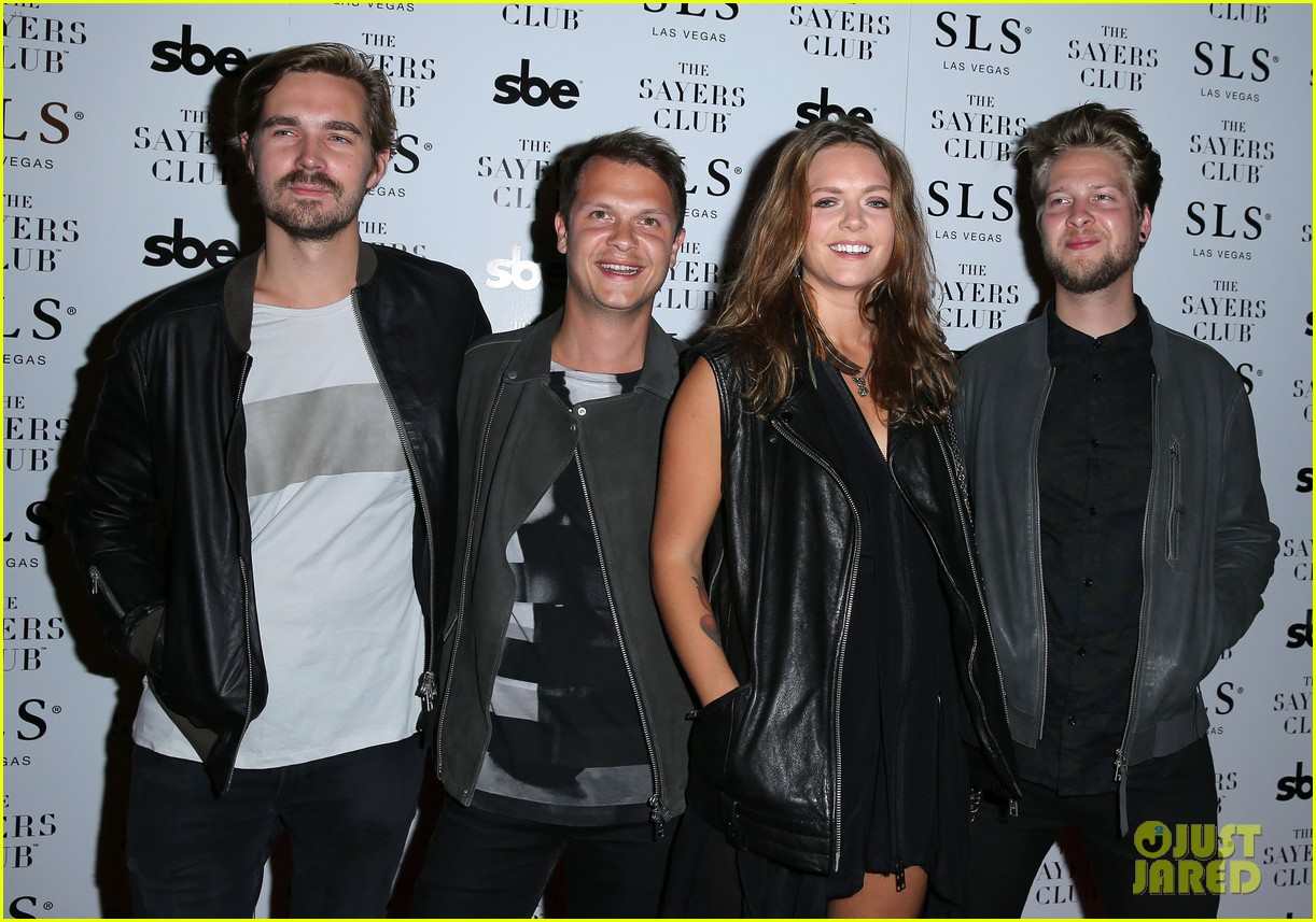 tove lo joins alesso on new single heroes full song lyrics 083185958