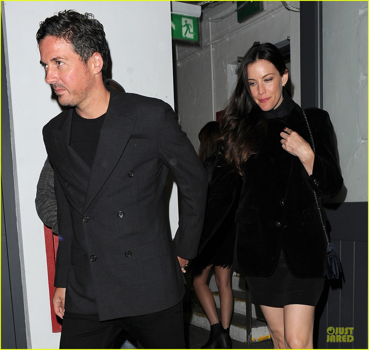 liv tyler dave gardner hold hands in london 023177525