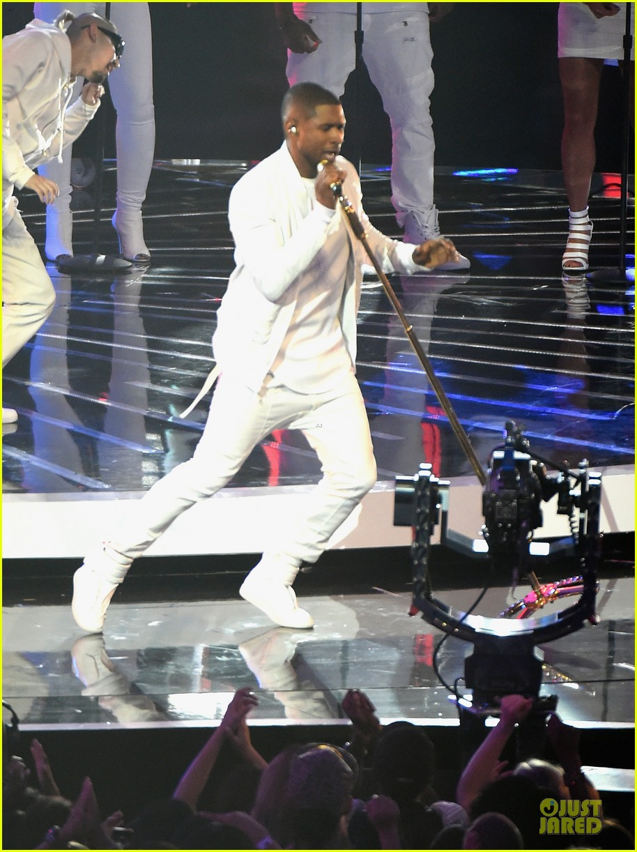 usher nicki minaj she came to get it vmas 053182534