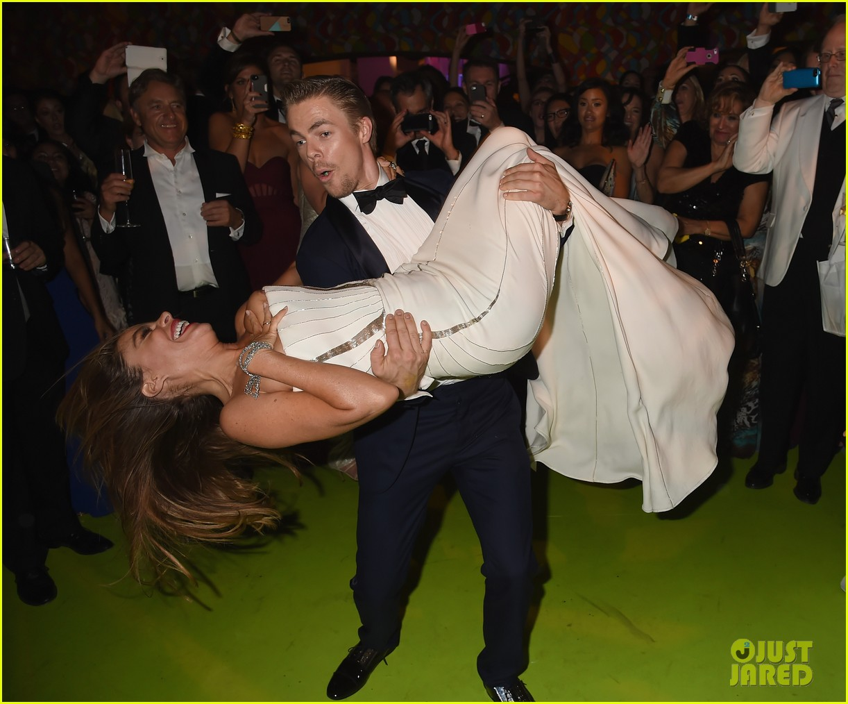 sofia vergara derek hough dance together emmys 013184279