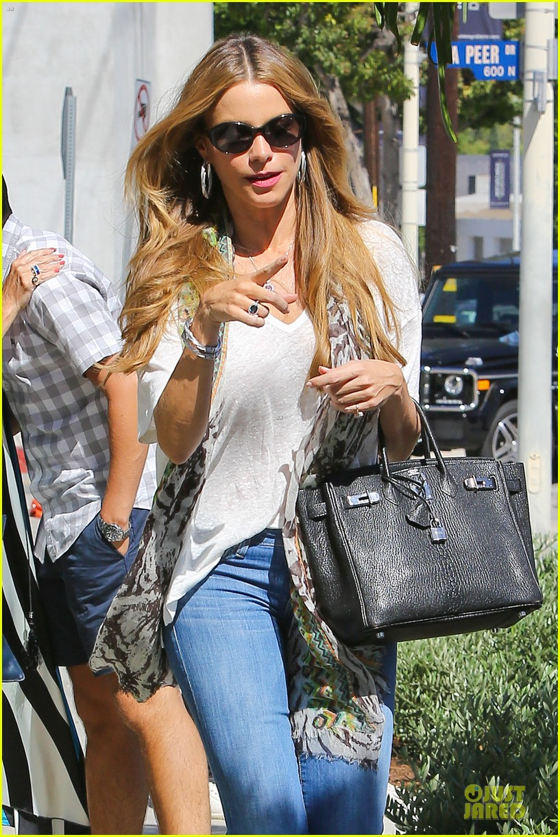 sofia vergara has never had short hair 043178909