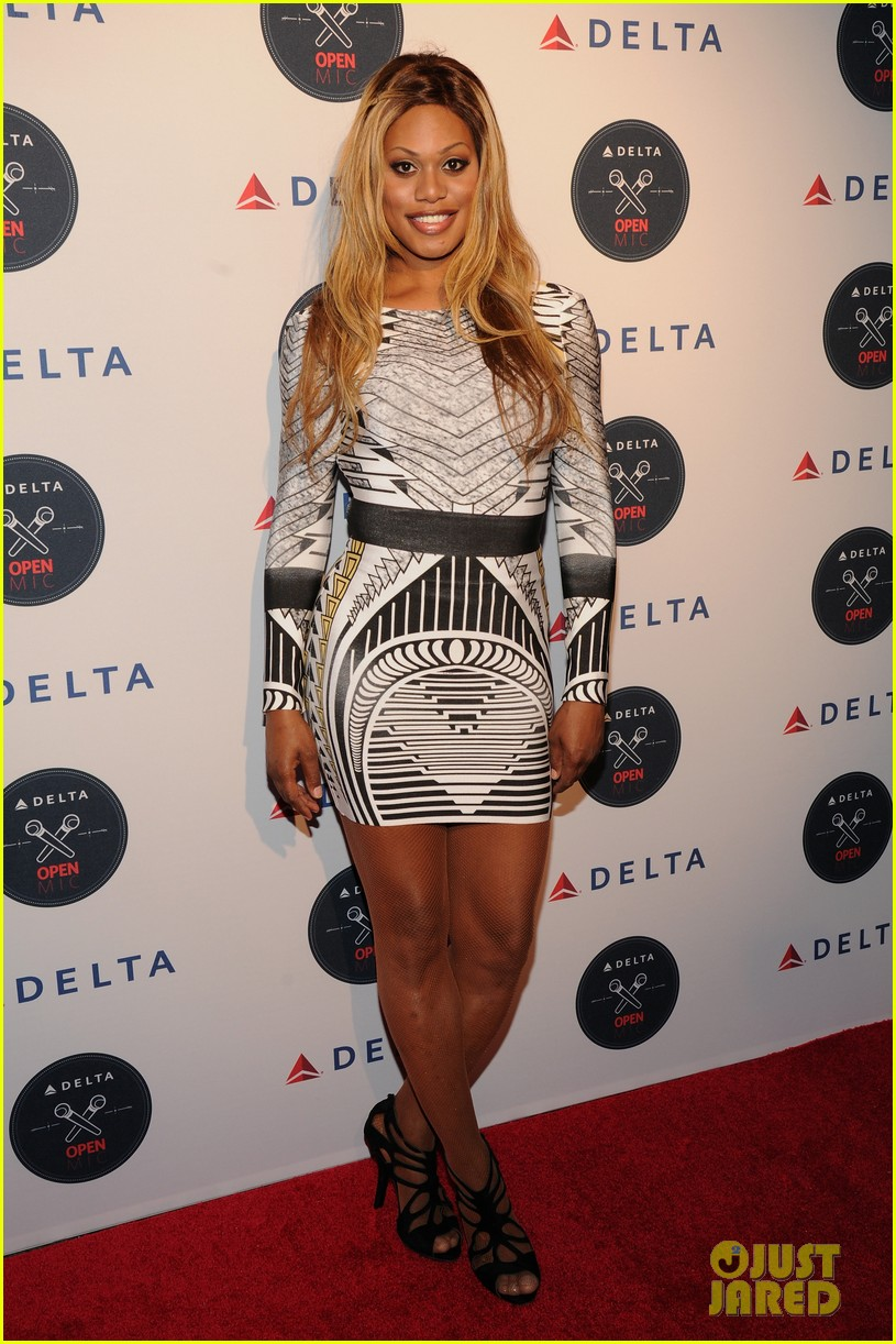 serena williams celebrates us open alongside lots of celebs 013180050