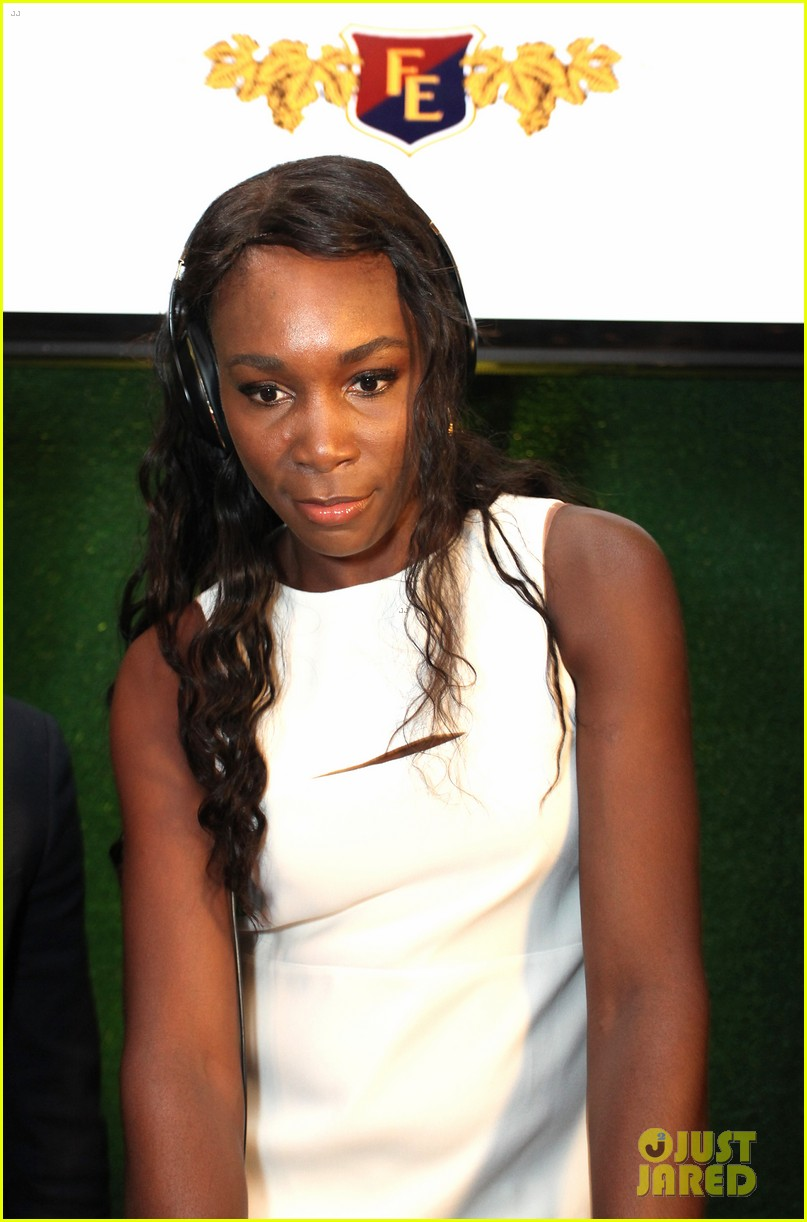serena williams cooks up a storm at the taste of tennis gala 2014 14