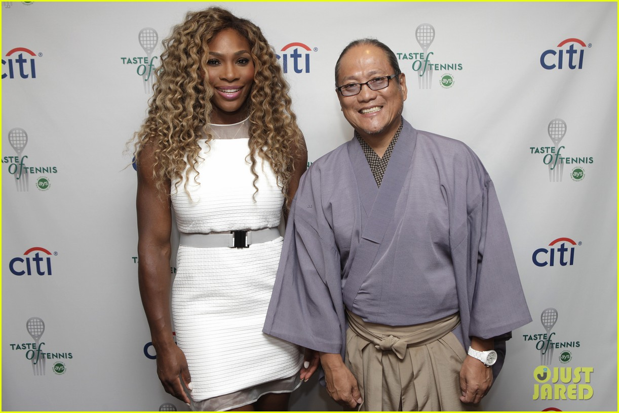 serena williams cooks up a storm at the taste of tennis gala 2014 153180820
