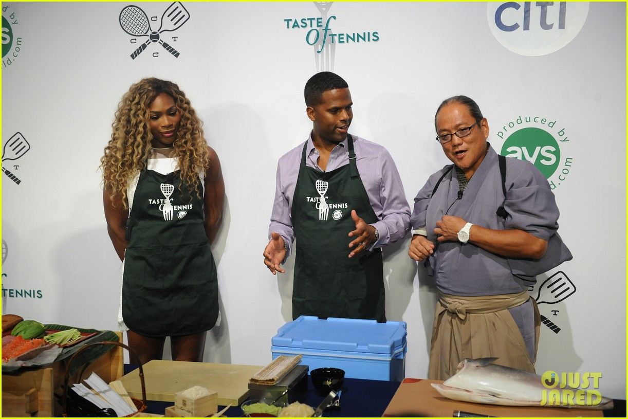 serena williams cooks up a storm at the taste of tennis gala 2014 163180821