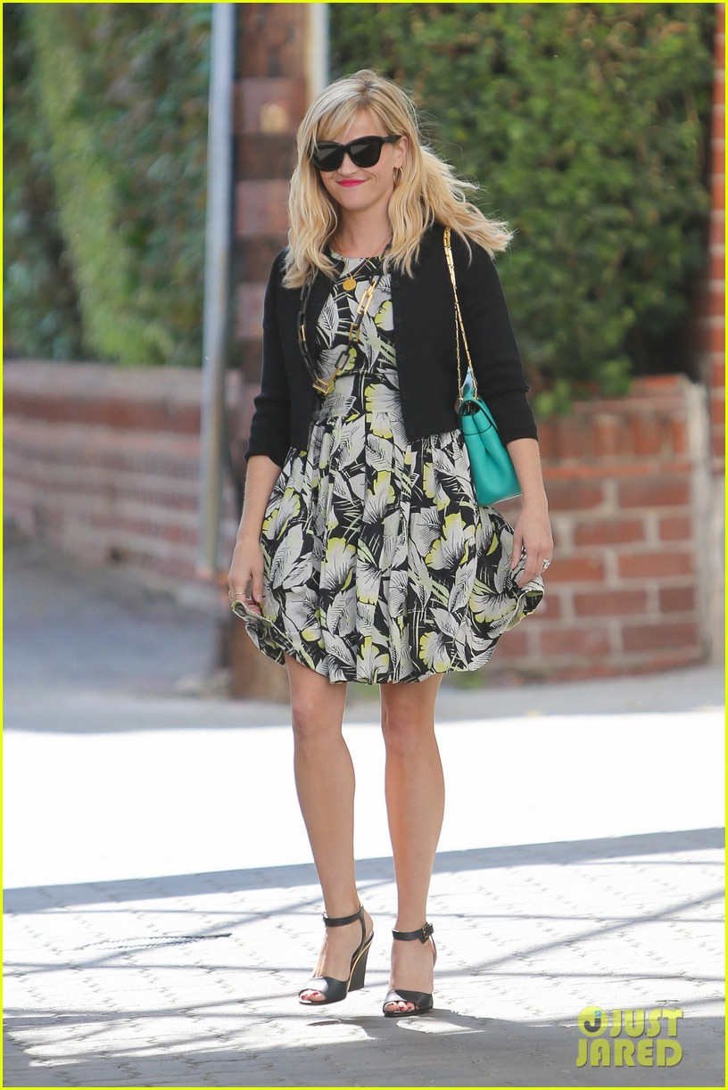 reese witherspoon felt honored to dine with malala yousafzai 023172718
