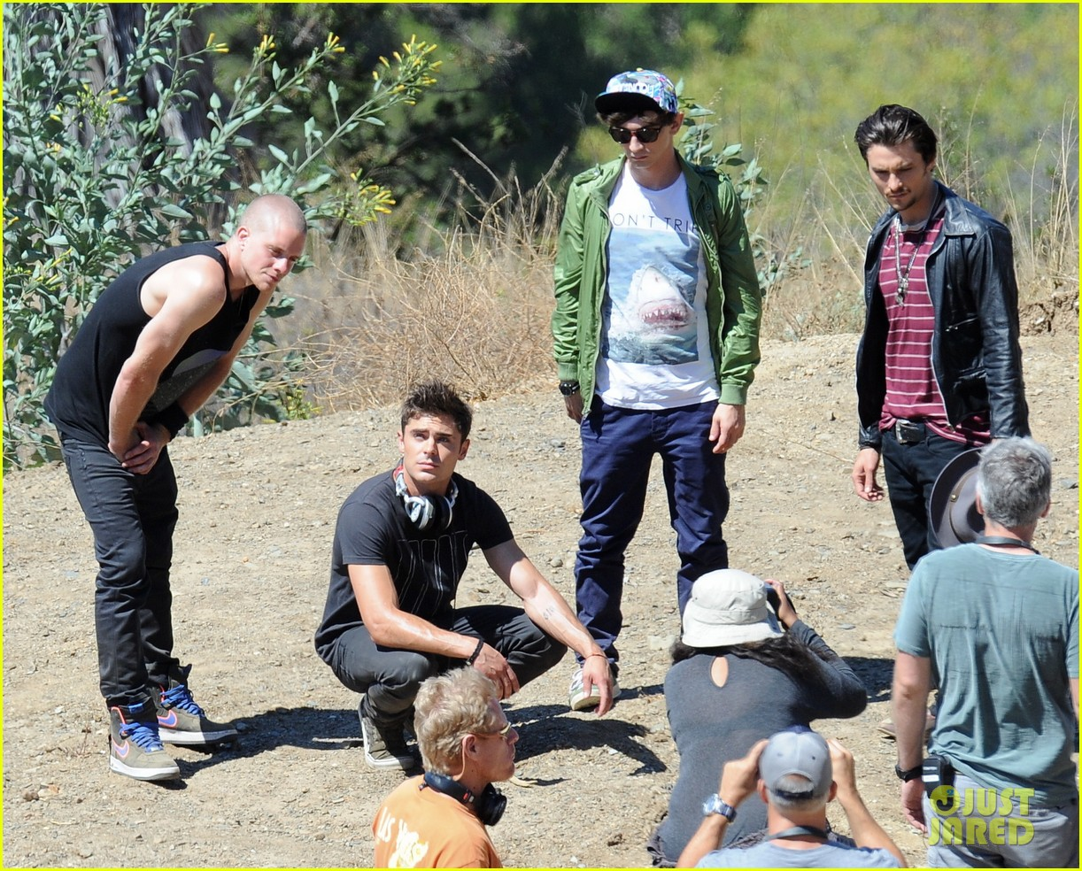 zac efron tree desert we are your friends set 173180426