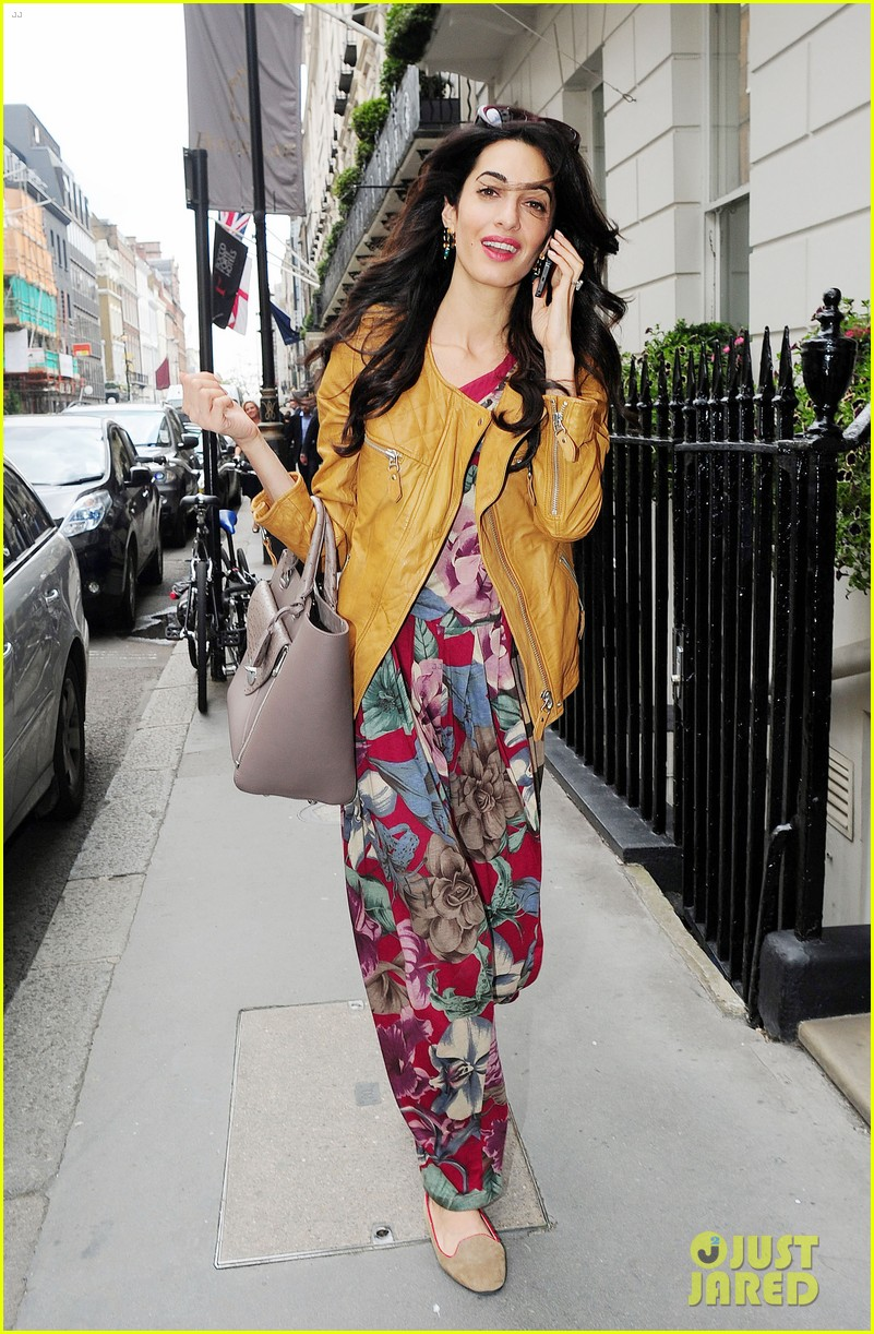 amal alamuddin goes for a fitting at alexander mcqueen 023189362