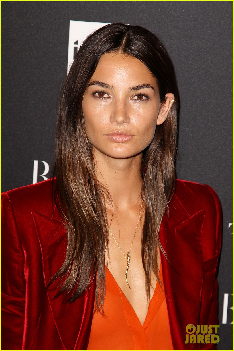 lily aldridge knows how to dress for day night 023190705