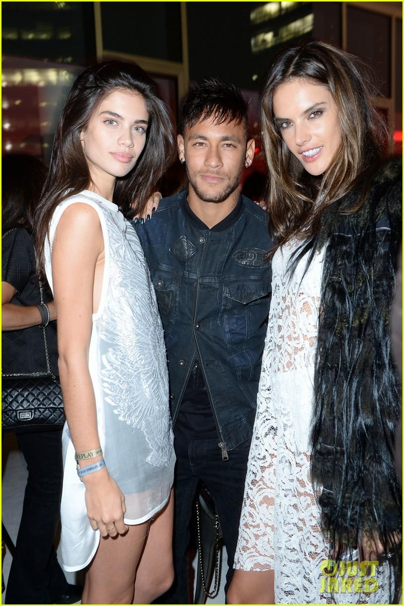 alessandra ambrosio fashion replay during milan fashion week 083201085