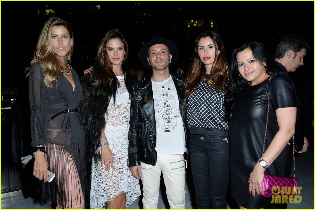 alessandra ambrosio fashion replay during milan fashion week 103201087