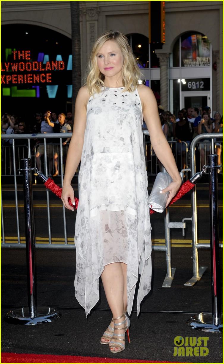 Kristen Bell Tattoos Under Chin: Kristen Bell & Husband Dax Shephard Look Perfect Together