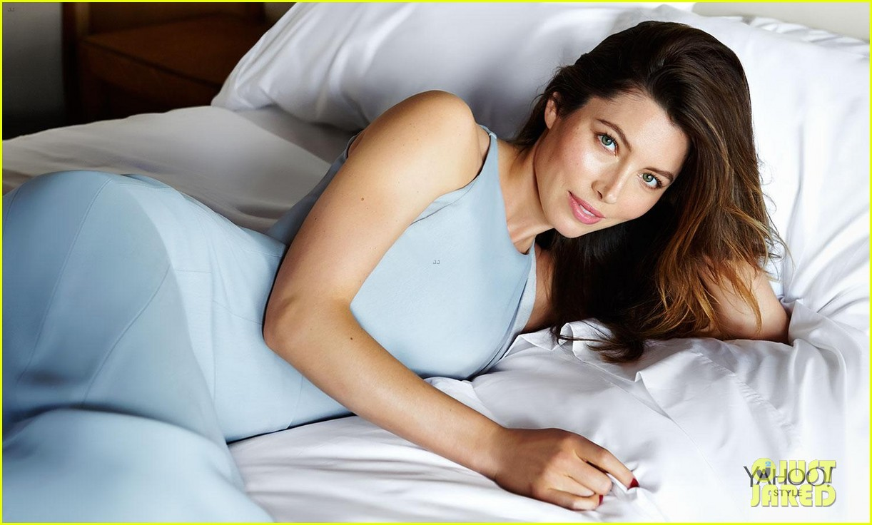 jessica biel bares all for yahoo style 05