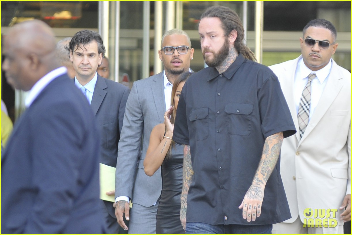 chris brown pleads guilty to dc assault case 103187818