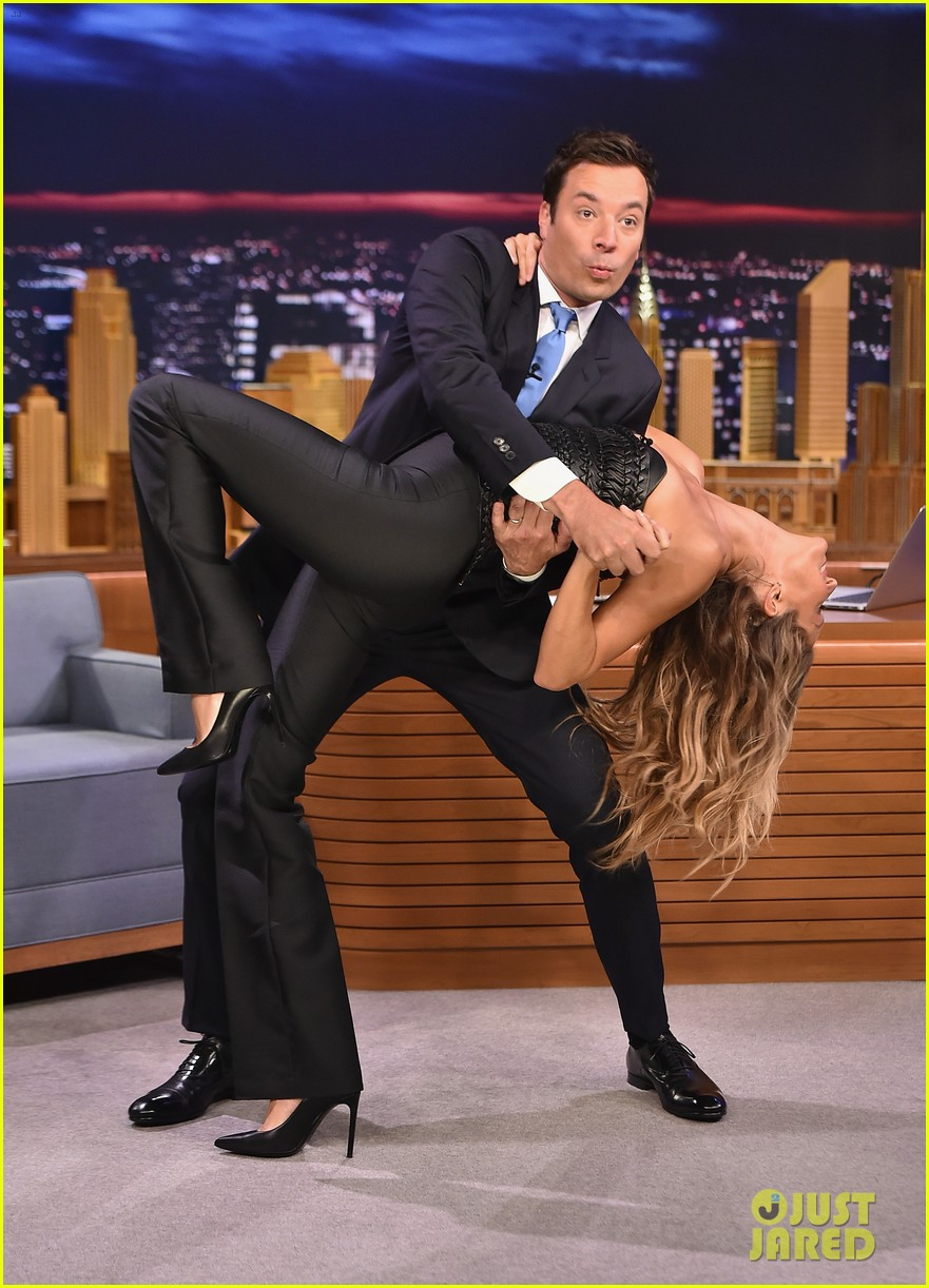 gisele bundchen shows off epic dance movies for fallon 013189557