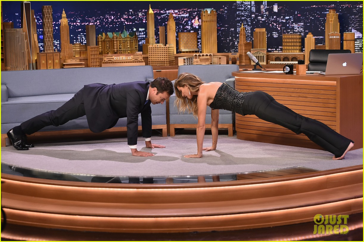 gisele bundchen shows off epic dance movies for fallon 033189559