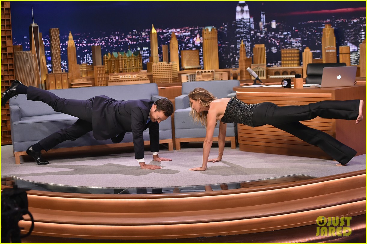gisele bundchen shows off epic dance movies for fallon 08