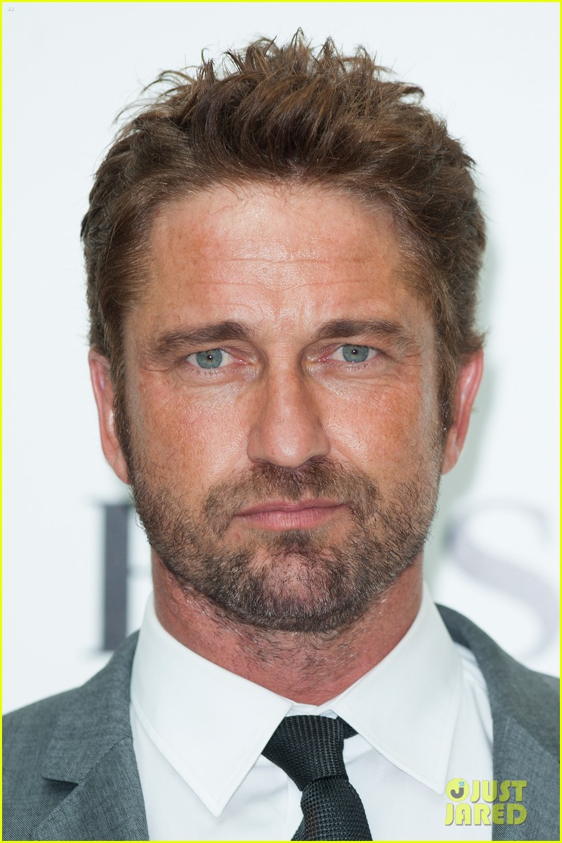 gerard butler unveiled as face of boss bottled 063187714