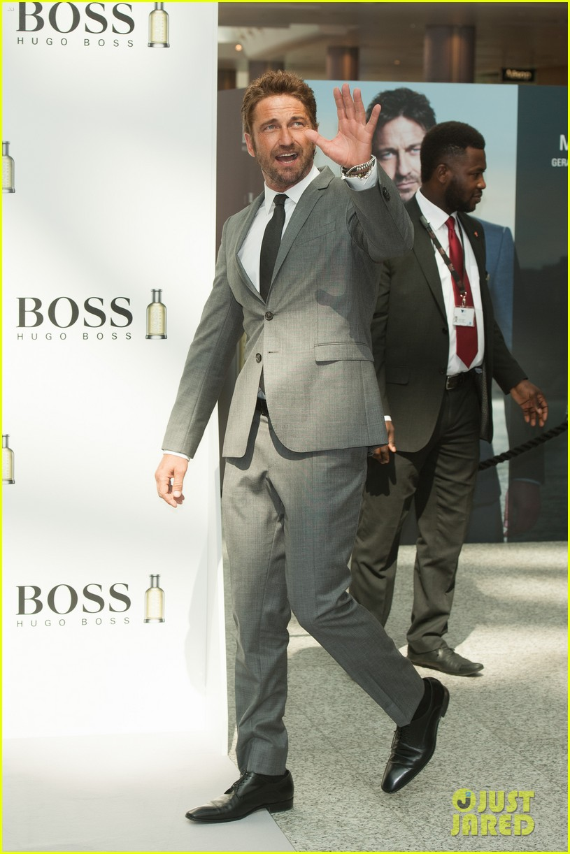 gerard butler unveiled as face of boss bottled 08