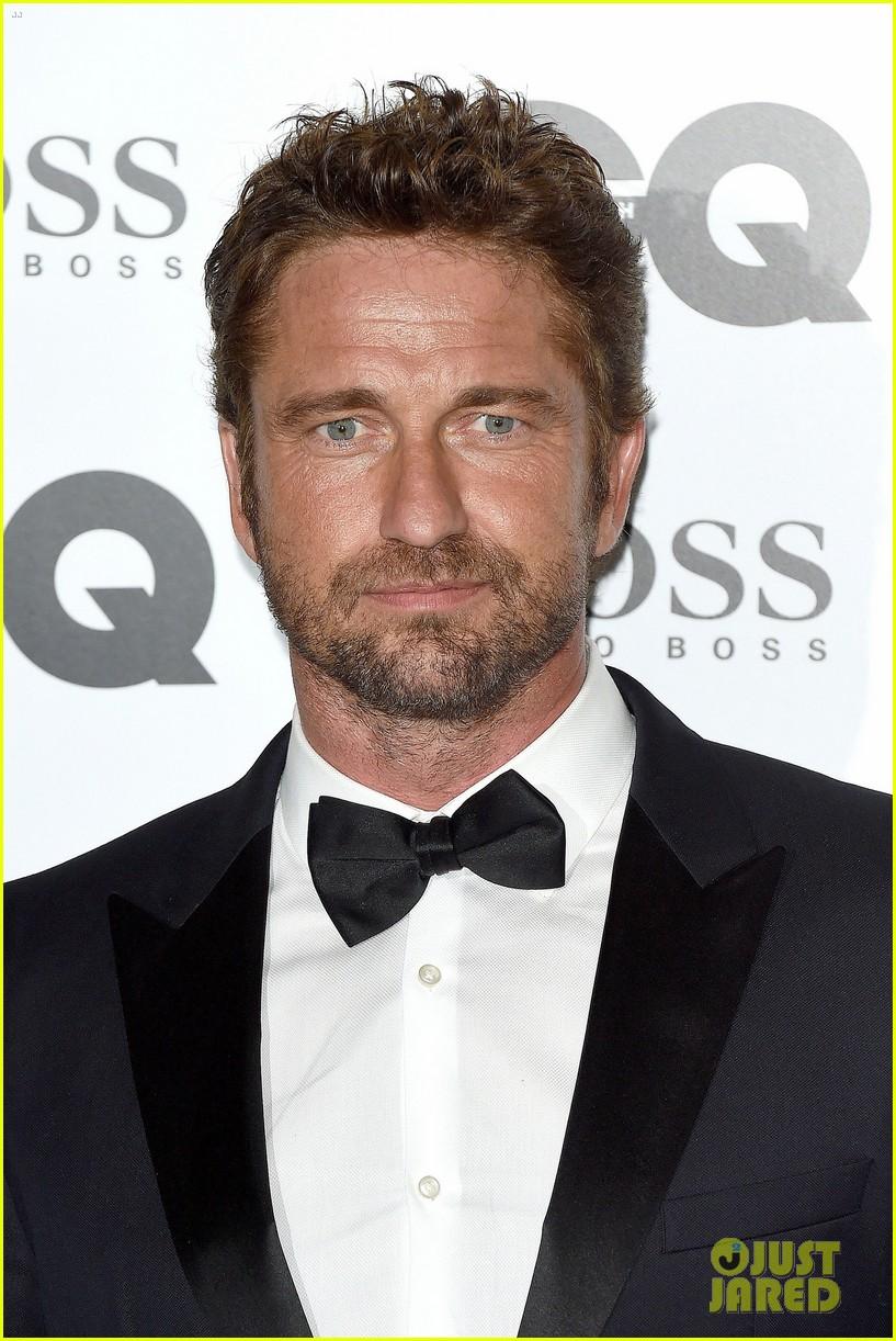 gerard butler makes hugo boss look so good at gq men awards 063188004