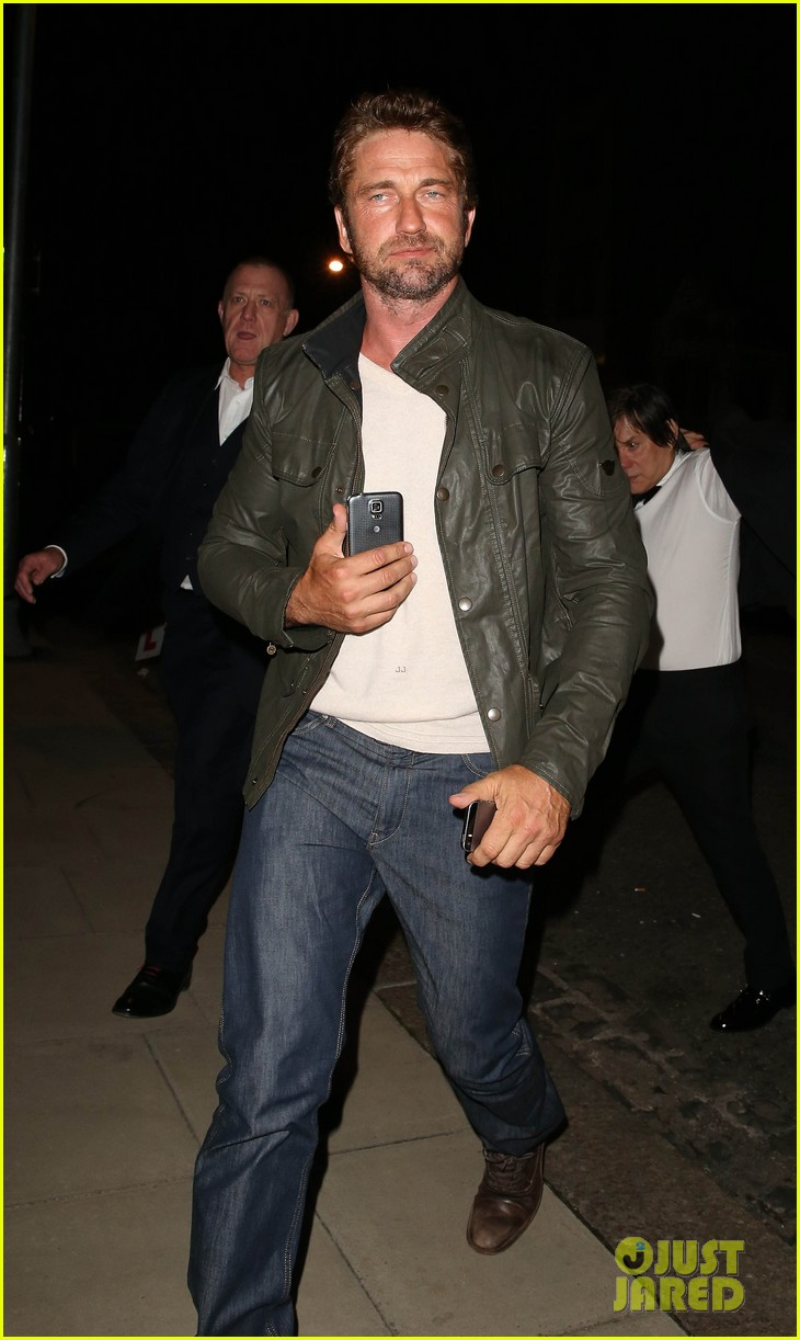 gerard butler steps out for gq men of the year awards 2014 after party 03