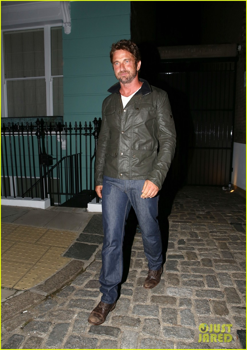 gerard butler steps out for gq men of the year awards 2014 after party 093188331