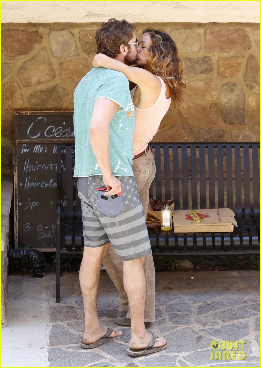 gerard butler makes out with mystery woman again 013187425