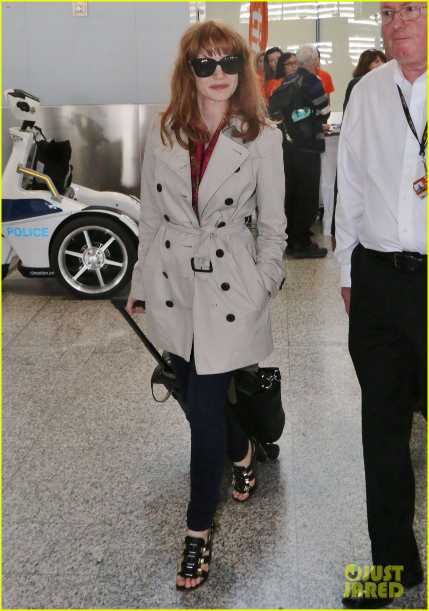 Jessica Chastain Calls Nude Photo Leak an Invasion of
