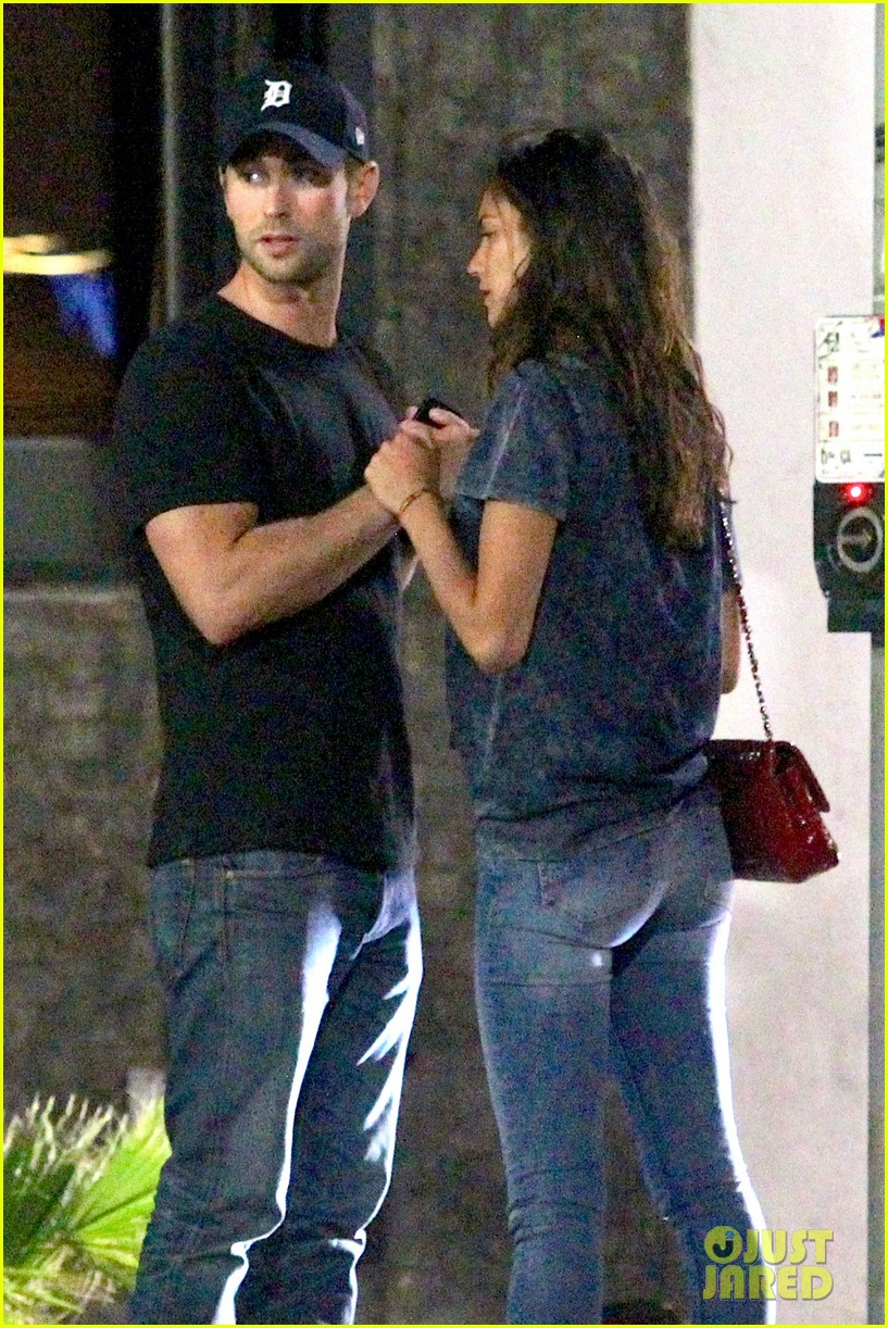 chace crawford rachelle goulding hold hands 03