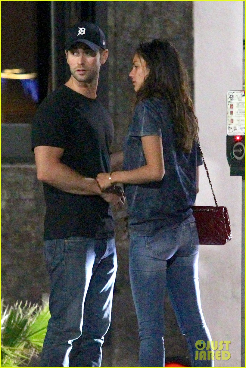 chace crawford rachelle goulding hold hands 063187538